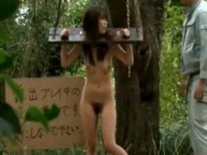 露出プレイ中の変態家2 - エロ動画 アダルト動画