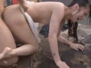 雨の中のレ - エロ動画 アダルト動画