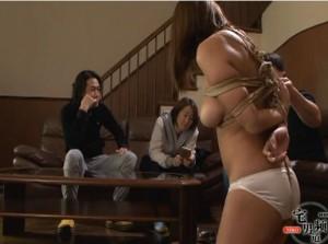 巨乳を蝋燭責めで赤く染められソープ嬢にさせられた熟女 - エロ動画 アダルト動画