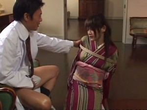 Asian lass is sucking on the dick tied up - XVIDEOS.COM(2)