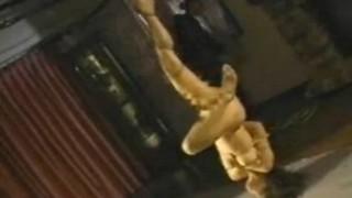 持田涼子 浣腸されたマゾ女は逆さ吊りにされて・・・