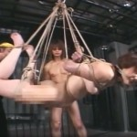 猿轡に逆海老縛り吊りのマゾ奴隷