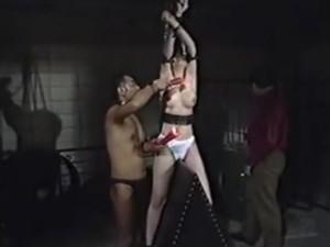 巨乳 緊縛 お姉さん マンコ 乳 スタイル抜群 タイ 二人 巨 男
